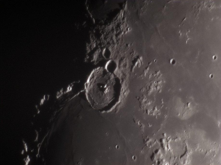2020-05-03-2023_8-RGB-Moon_lapl4_ap880_D