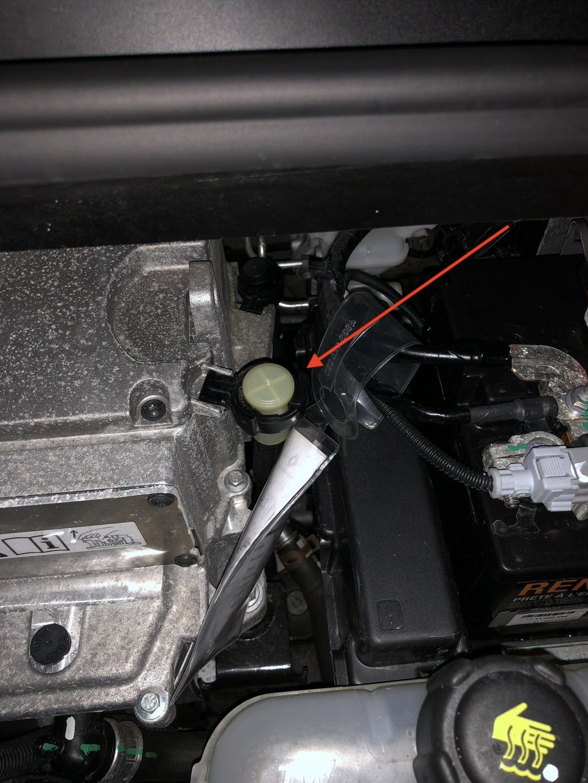 Tube qui se balade dans le moteur, c'est quoi ? 97fb06a2dd2f1d74f27cae9be36404bd